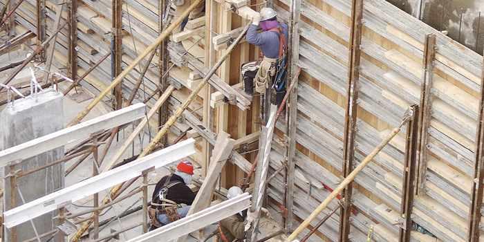 van steiger gevallen val van ladder
