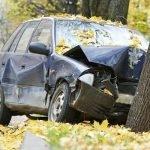 Eenzijdig ongeval met auto: wat dekt de verzekering?